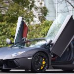 節税と高級外車~フェラーリは必要経費になるか?